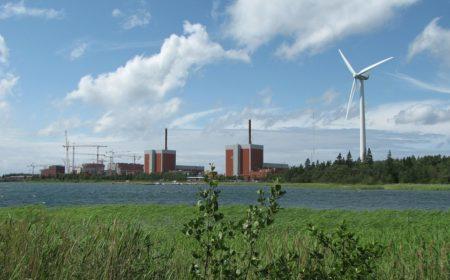 Image courtesy of:https://pixabay.com/static/uploads/photo/2015/06/12/23/39/nuclear-power-plant-807623_960_720.jpg